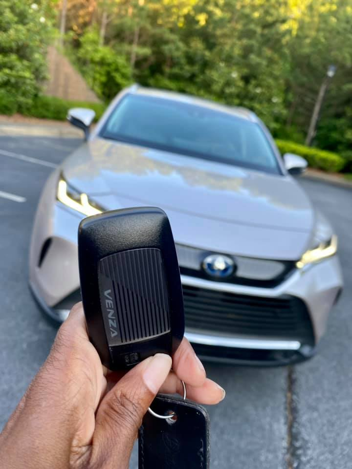 2021 Toyota Venza XLE, Is It Worth Buying?