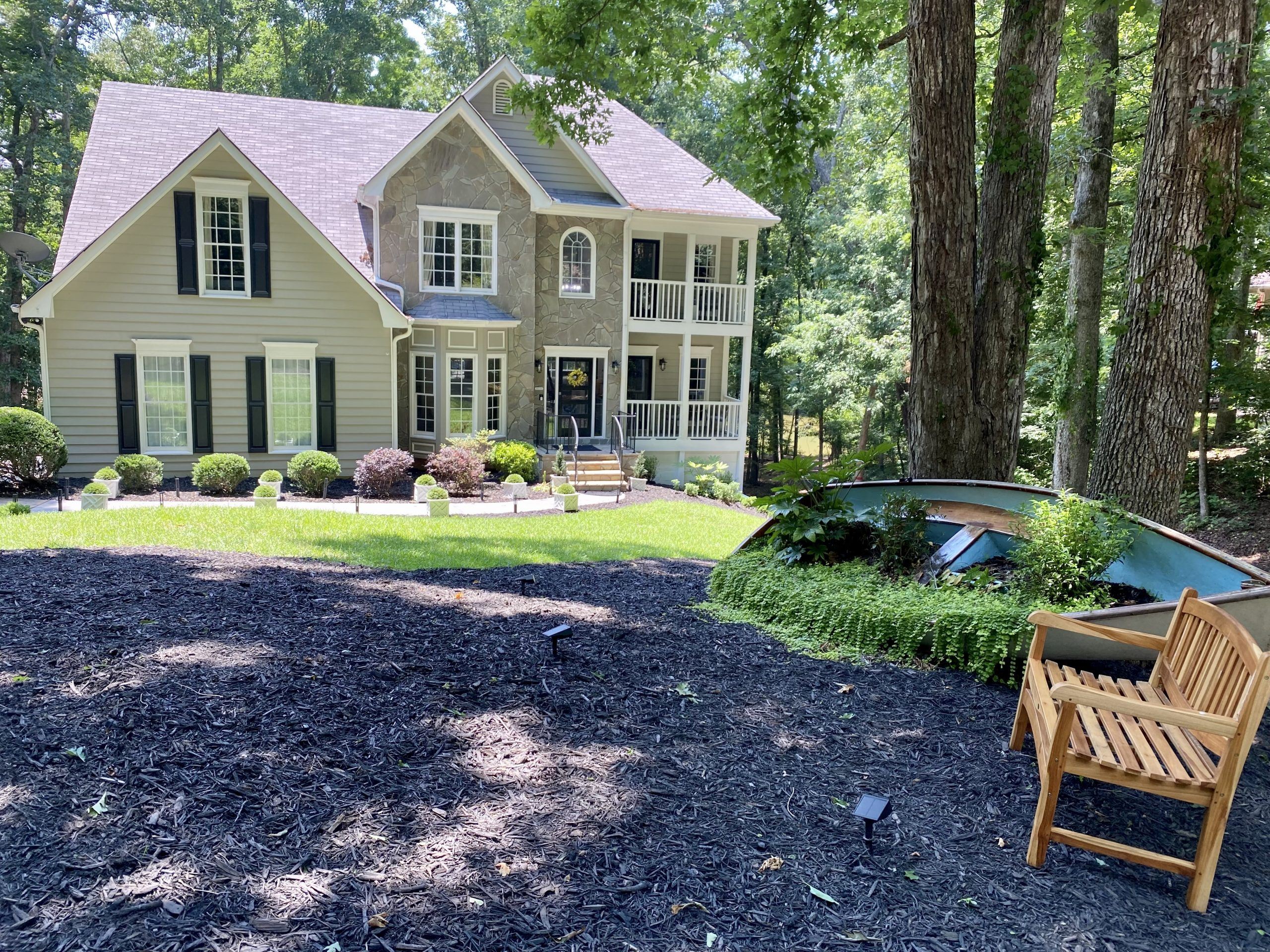 Southern Shore Cove, A Luxurious And Private Lake Lanier Vacation Home